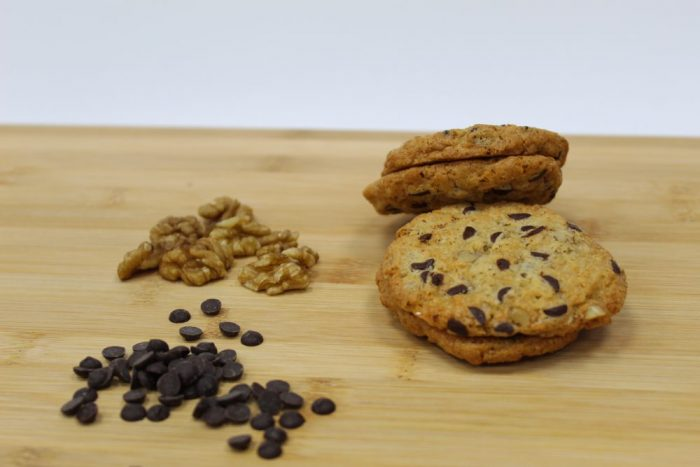 Cookie de chocolate negro y nueces